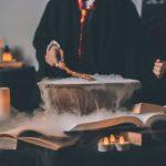 fremhævede billede Top 5 Familie Halloween Kostumer i 2019 Harry Potter 150x150 - fremhævede-billede-Top-5-Familie-Halloween-Kostumer-i-2019.---Superhelte