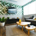 post billede 5 Billige gør det selv projekter som får familiens hus til at se moderigtigt ud Lav kunst til dagligstuens vægge 150x150 - post-billede---5-Billige-gør-det-selv-projekter-som-får-familiens-hus-til-at-se-moderigtigt-ud---Giv-køkkenskabene-en-opdatering