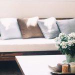 post billede 5 Billige gør det selv projekter som får familiens hus til at se moderigtigt ud Lav nye puder for sofaer og senge 150x150 - post-billede---5-Billige-gør-det-selv-projekter-som-får-familiens-hus-til-at-se-moderigtigt-ud---Lav-kunst-til-dagligstuens-vægge