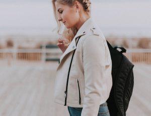 post billede Top 6 Mest moderigtige jakke trends i 2019 Til kvinder 300x231 - post-billede--Top-6-Mest-moderigtige-jakke-trends-i-2019---Til-kvinder
