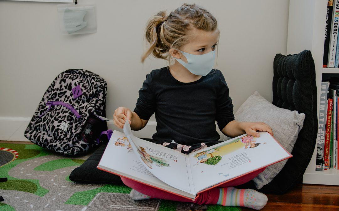 Skal mit barn bruge mundbind?