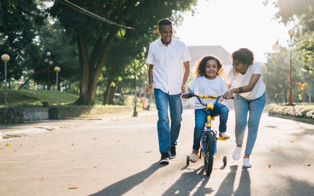 Lær dit barn at cykle – sådan gør du